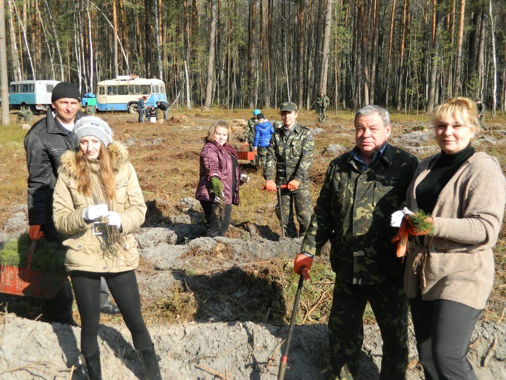 Працівники природного заповідника «Древлянський» взяли участь в акції « Майбутнє лісу в твоїх руках»